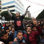 Manifestations, grèves, violences : comprendre la crise en Tunisie en quatre questions