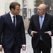 Immigration: Macron fait bloc avec Collomb