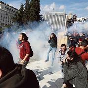 Les Grecs en grève revendiquent… le droit de grève
