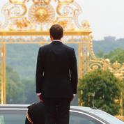 «Sommet de l'attractivité» à Versailles : l'opération séduction de Macron