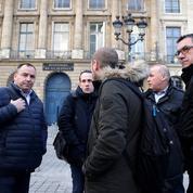 Les gardiens de prison claquent la porte de la Chancellerie