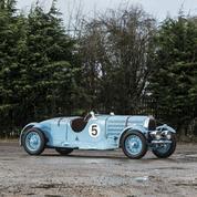Bugatti 57 Sport Tourist Trophy, un pedigree en or