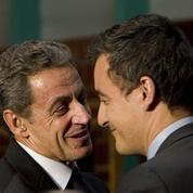 Sarkozy apporte son soutien à Darmanin lors d'un dîner à Bercy