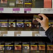 Cigarettes: Marlboro limite ses hausses de prix pour gagner des parts de marché