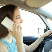Téléphone au volant : même à l'arrêt l'infraction est constituée !