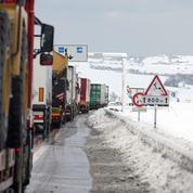 Neige : les transporteurs réclament une «indemnisation» à l'État