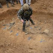 Des «paras» formés à la fouille de charniers en zone de guerre