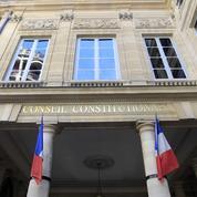 Assignations à résidence: le Conseil constitutionnel renforce le rôle des juges
