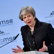 Theresa May met en garde les Européens sur la sécurité commune après le Brexit