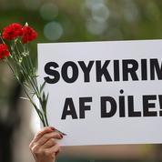 Les députés néerlandais reconnaissent massivement le génocide arménien