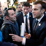 Emmanuel Macron contient la colère des agriculteurs