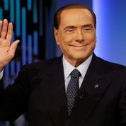 Législatives italiennes : le retour sur scène de l'illusionniste Berlusconi