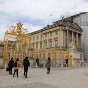Patrimoine: Versailles propose d'adopter une sculpture de la chapelle royale