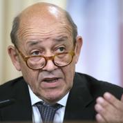 Le ministre des Affaires étrangères, Jean-Yves Le Drian, quitte le Parti socialiste