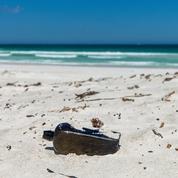 La plus vieille bouteille à la mer vient d'être découverte sur une plage d'Australie
