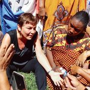 À Mayotte, la ministre des Outre-mer veut calmer le jeu