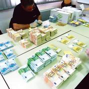 En 2017, les saisies d'avoirs criminels réalisées par les douanes ont bondi de 477%