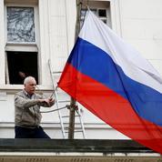 Espion russe empoisonné: May croise le fer avec Poutine