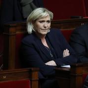 Marine Le Pen met en cause l'impartialité du juge de Nicolas Sarkozy