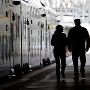 Train[trin] n. m. Prend le chemin de faire grève