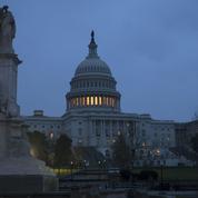 États-Unis: Trump décide finalement d'éviter le shutdown après avoir menacé de mettre son veto