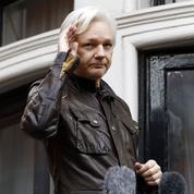 Puni, Julian Assange est privé d'internet