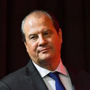 Cambadélis : «Au moment où le PS se revisse, Macron dévisse»