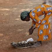 Accès au travail: les femmes encore trop discriminées, selon la Banque Mondiale