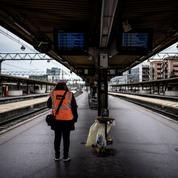 Grève SNCF: peu de trains et beaucoup de bouchons