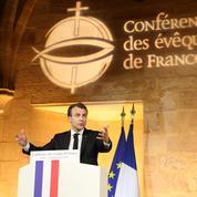 Emmanuel Macron tend la main aux catholiques