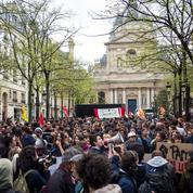 Les étudiants attendent la mobilisation des lycéens