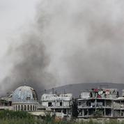 Syrie: dans l'attente des frappes, les derniers rebelles quittent la Ghouta