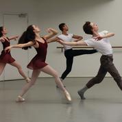 Opéra de Paris : de l'École de danse à la scène, le grand écart
