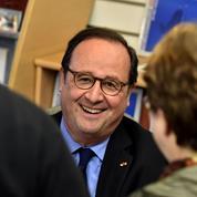 Toujours «socialiste»,Hollande dit vouloir être «utile» à la gauche