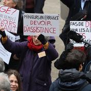 Qu'est-ce que le «délit de solidarité» évoqué par Emmanuel Macron sur BFMTV ?