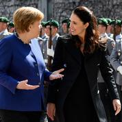 Merkel-Ardern, deux icônes du pouvoir au féminin