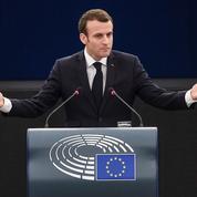 À Strasbourg, Macron hausse le ton pour défendre l'intervention en Syrie