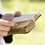 Chez les juifs et les chrétiens, interpréter les textes religieux est capital
