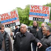 À Paris, les forains manifestent contre le parc d'attractions du groupe LVMH