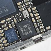 Les fabricants de smartphones se lancent dans la bataille des puces