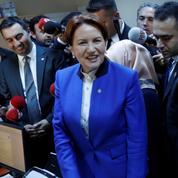 Turquie: Meral Aksener, une dame de fer à la conquête du pouvoir