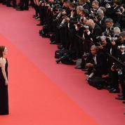 La photo du jour 3 à Cannes: Julianne Moore, femme de pouvoir face aux photographes