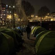 Crise des migrants : colère et désolation sur les rives du canal Saint-Martin