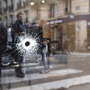 Attentat de Paris : fiché S, naturalisé... Ce que l'on sait de l'auteur de l'attaque au couteau
