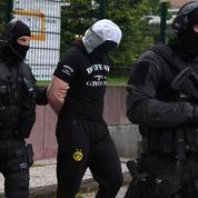 L'enquête sur les éventuels complices d'Azimov présage d'autres coups de filet chez les islamistes