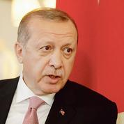 En Turquie, Erdogan effraie les marchés avant les élections