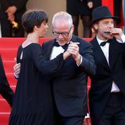 La photo du jour 11 à Cannes: la danse de la joie de Thierry Frémaux