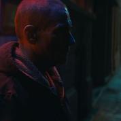 Jean-Claude Van Damme, père combatif dans le thriller Lukas