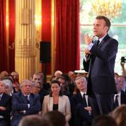 Goldnadel : «En parlant du mâle blanc ,Macron acte inconsciemment le scénario de la partition»