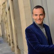 Europe 1 se sépare de Franck Ferrand: les amoureux de l'histoire stupéfaits et tristes